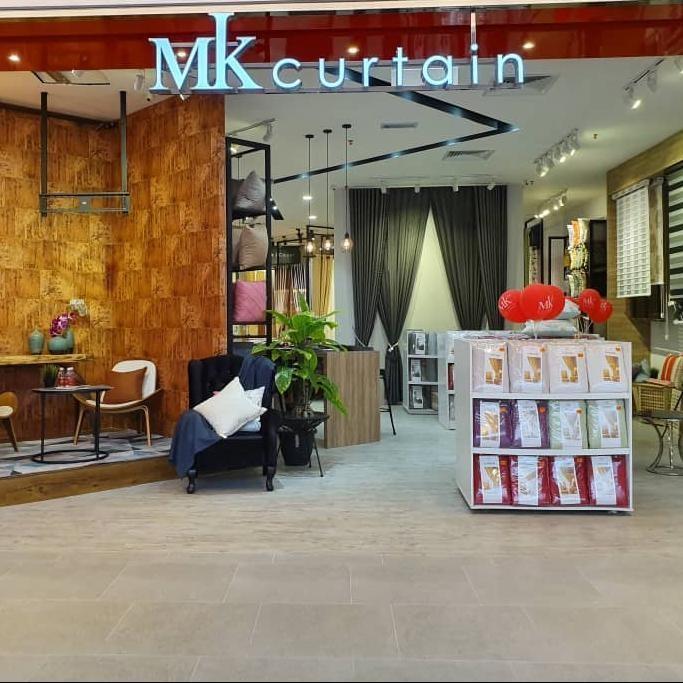 MK Curtain